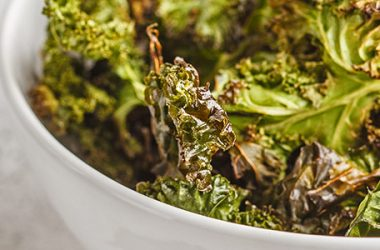 Take A Couple of Minutes To Try These Baked Kale Chips   ultimatepreppingguide.com
