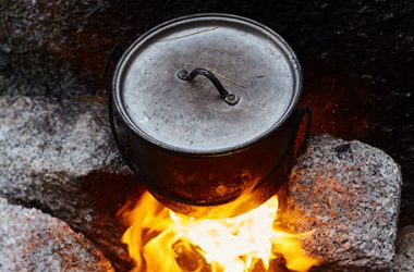 4 Reasons a Camp Dutch Oven Will Save You